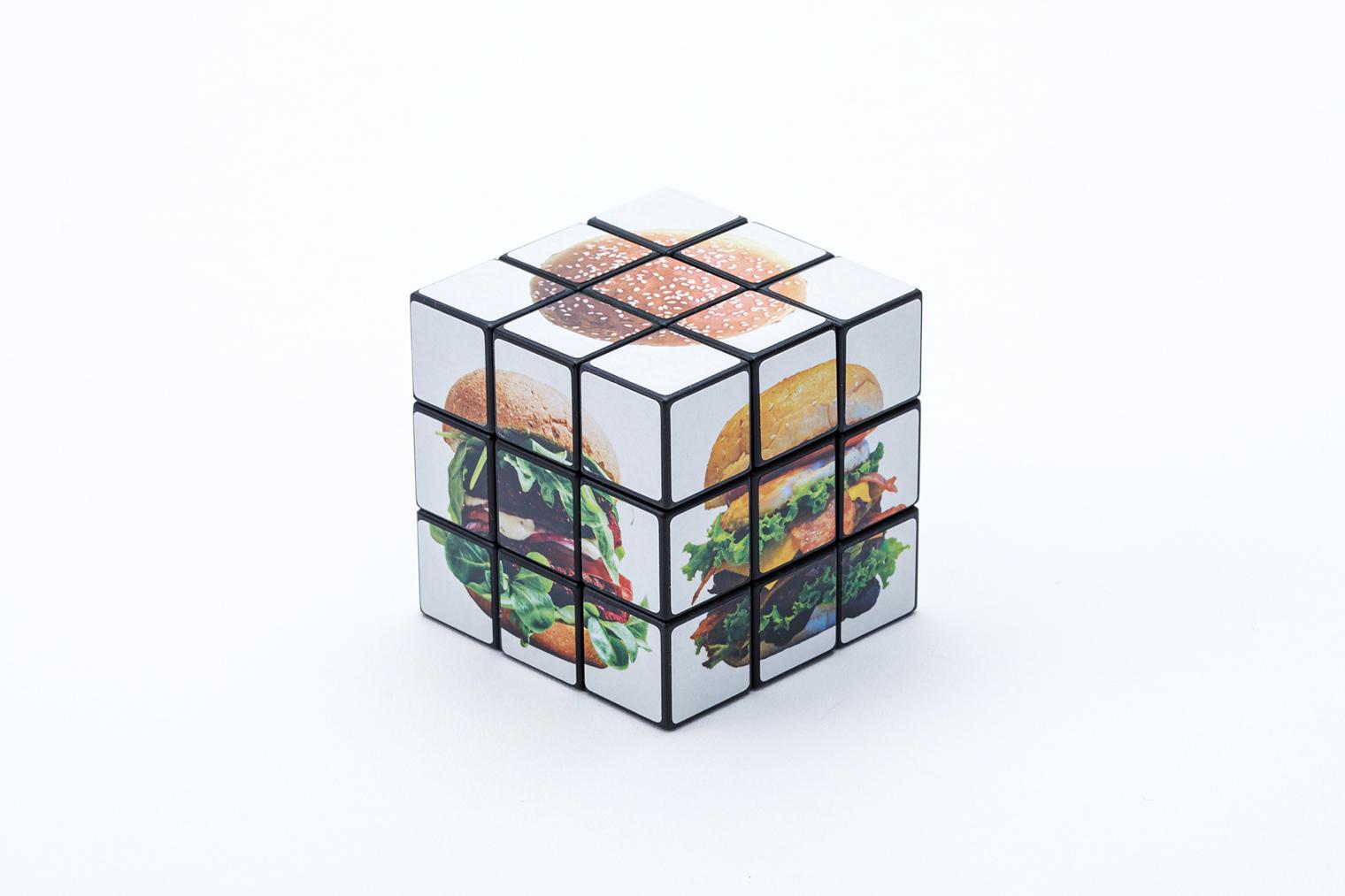 オリジナル6面パズルは幅広い年齢層に人気のあるノベルティです